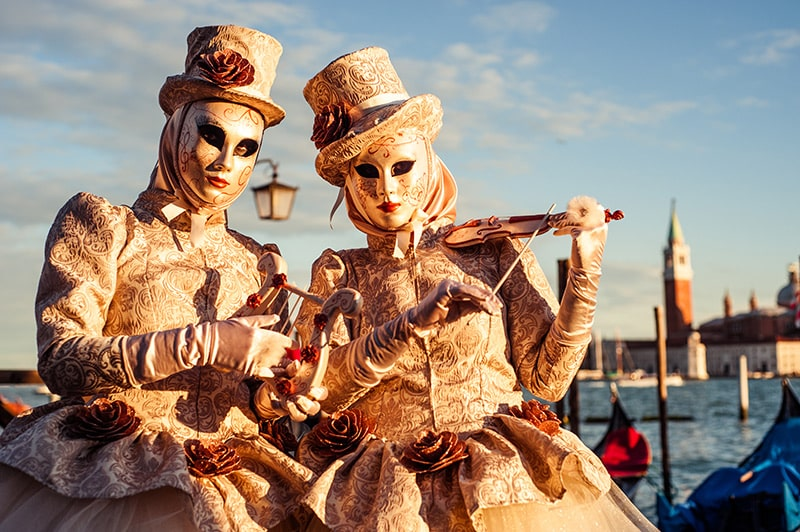 Karneval in Venedig - Kitsch, Kommerz oder Kunst?